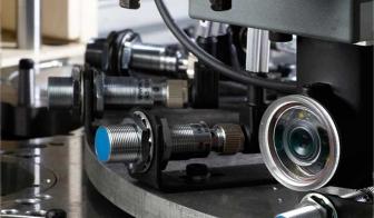 Zylindermontagestation mit Bilderkennungssensor